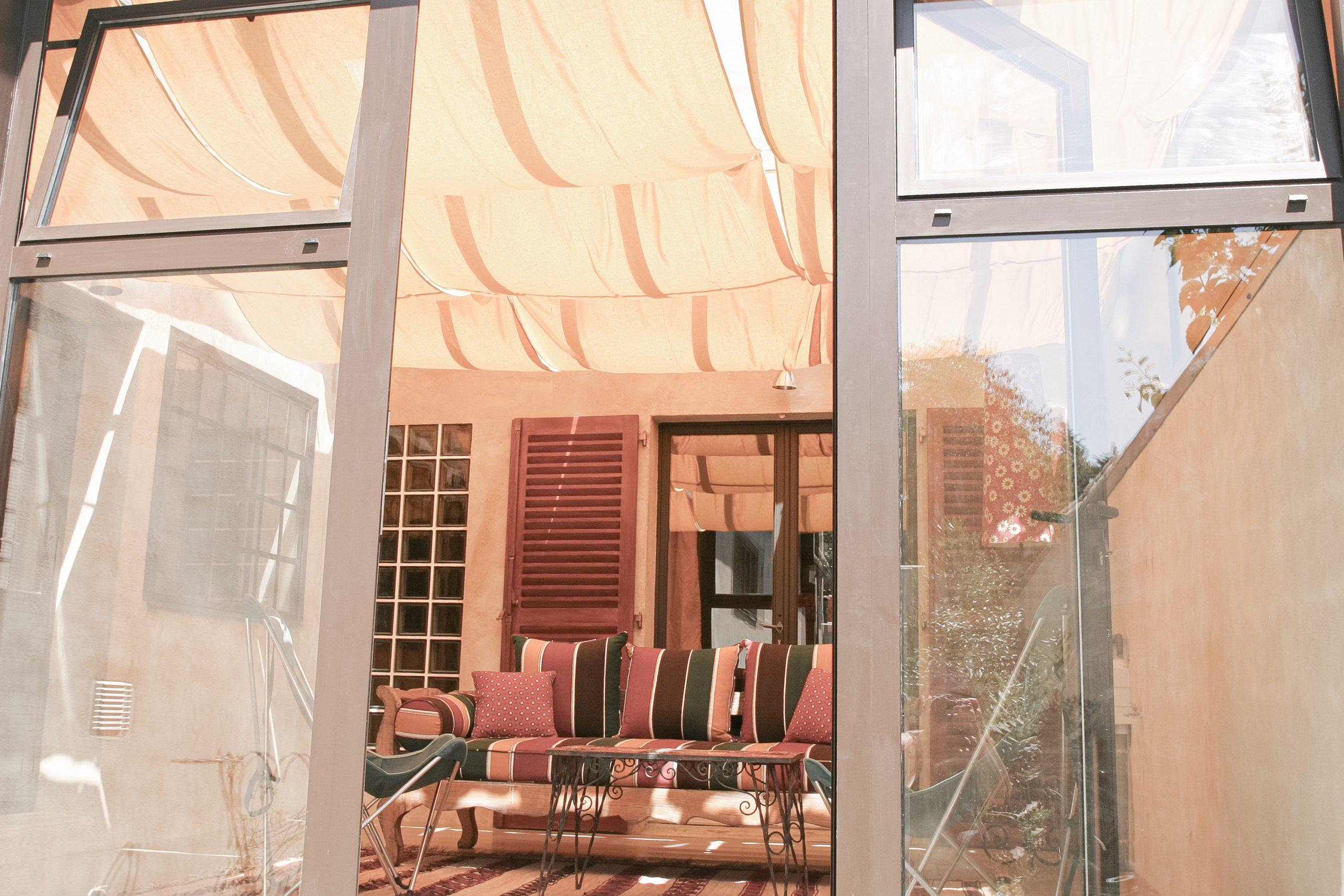 Maison sous le soleil provençal